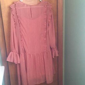 Dresses & Skirts - 🌺 Cute springy dress 🌸
